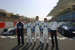 Patrick Head with Nick Heidfeld, Mark Webber, Antonio Pizzonia and Dr Mario Theissen
