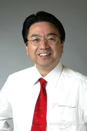Yoshiaki Kinoshita, Genel Müdür, Motor Sport Division Toyota Motor Corporation, veVice-Başkanı Toyot