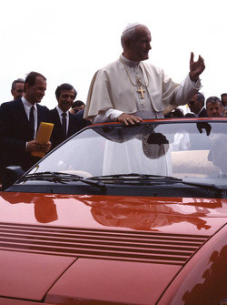 John Paul II The Pope visit Ferrari in 1988