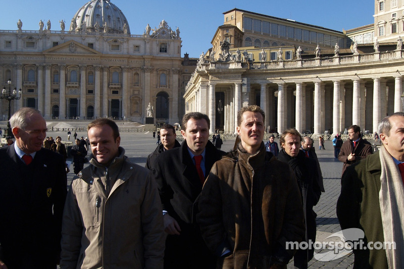Rory Byrne, Rubens Barrichello, Stefano Domenicali, Michael Schumacher and Luca Badoer in St. Pierre