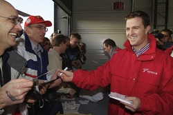 Ralf Schumacher meets taraftarları during Open Doors event