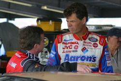 Joe Nemechek et Michael Waltrip