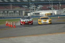Prototype Technology Group BMW M3 : Chris Gleason, Ian James, Bill Auberlen, Joey Hand; Newman Raci