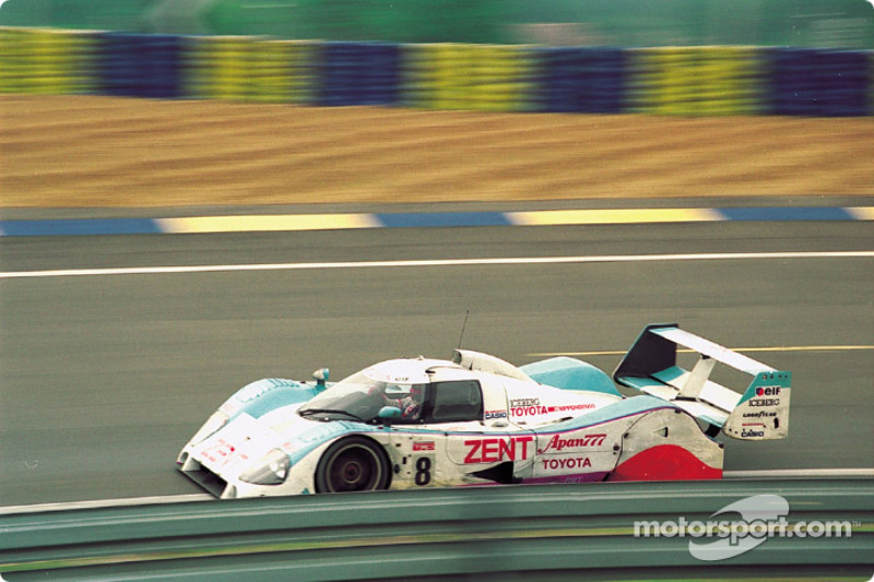 #8 Tom's Toyota TS010: Jan Lammers, Andy Wallace, Teo Fabi