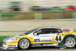 #44 Lotus Sport/Chamberlain Lotus Esprit S300: Richard Piper, Ferdinand de Lesseps, Olindo Iacobelli