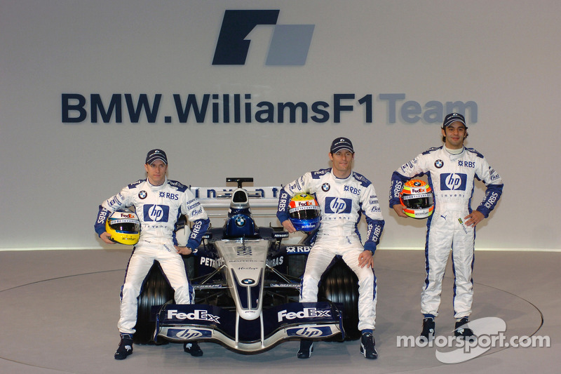 Nick Heidfeld, Mark Webber and Antonio Pizzonia with the new Williams BMW FW27