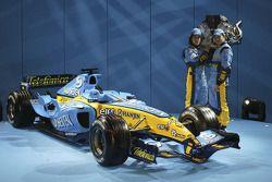 Fernando Alonso und Giancarlo Fisichella mit dem Renault R25