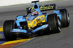 Fernando Alonso yeni Renault R25
