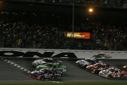 Kurt Busch, Bobby Labonte and Ryan Newman battle