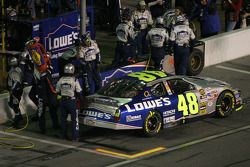 Pitstop at the end of the first segment: Jimmie Johnson