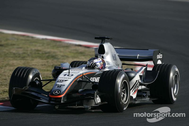 Juan Pablo Montoya test ediyoryeni McLaren Mercedes MP4-20