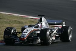 Juan Pablo Montoya test de nieuwe McLaren Mercedes MP4-20