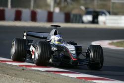 Alexander Wurz test de nieuwe McLaren Mercedes MP4-20