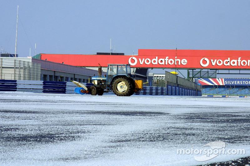 Neve em Silverstone