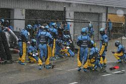 Práctica de parada de pits en Renault
