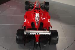 yeni Ferrrari F2005