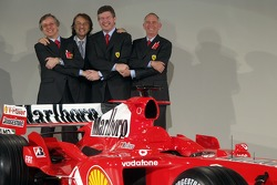 Luca di Montezemelo, Paolo Martinelli, Ross Brawn ve Rory Byrne ve yeni Ferrrari F2005