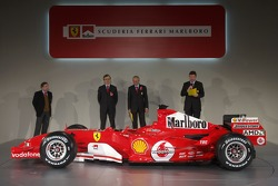 Jean Todt, Paolo Martinelli, Rory Byrne ve Ross Brawn ve yeni Ferrrari F2005