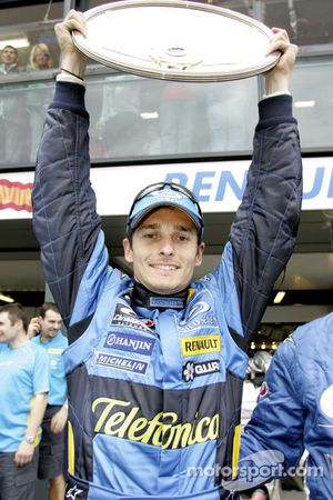 Ganador de la carrera Giancarlo Fisichella