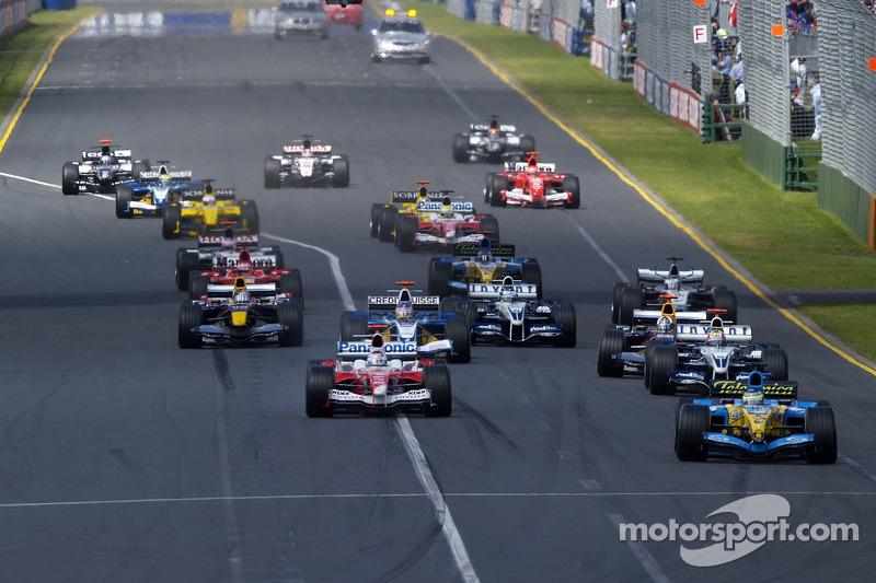 Inicio: Giancarlo Fisichella lidera a Jarno Trulli y Mark Webber