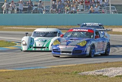 #64 Team 16/ Auto Gallery/ TRG Porsche GT3 Cup: Colin Braun, Brad Coleman, #07 Spirit of Daytona Rac
