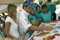 Visit of Karyaneka: Felipe Massa