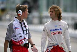 Jarno Trulli et l'ingénieur de course Ossi Oikarinen
