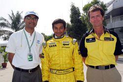 Narain Karthikeyan and Trevor Carlin with Dr V Sumatran of Tata Motors