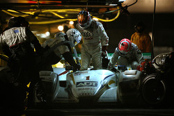 Pitstop for #1 ADT Champion Racing Audi R8: JJ Lehto, Marco Werner, Tom Kristensen