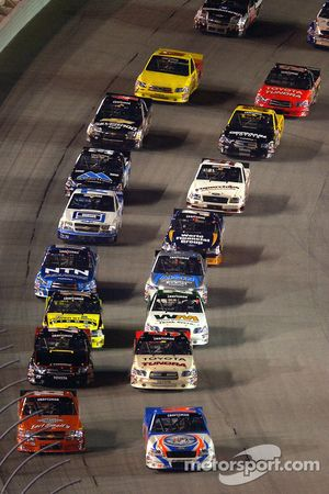 Rick Crawford leads the field to green flag