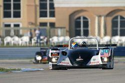 #30 Intersport Racing Lola B2K/40 Judd: Clint Field, Gareth Ridpath, Liz Haliday