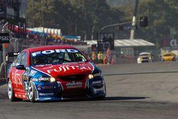 Jose Fernandez on pit straight