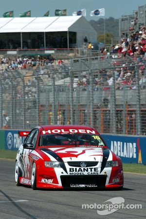 Garth Tander switched to HSV Racing for 2005