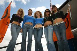 The spectacular Hazardous Femmes Fatales