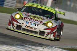 #31 Petersen Motorsports/White Lightning Racing Porsche 911 GT3 RSR: Lucas Luhr, Patrick Long, Jorg Bergmeister