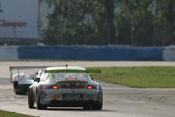 #31 Petersen Motorsports/White Lightning Racing Porsche 911 GT3 RSR: Lucas Luhr, Patrick Long, Jorg