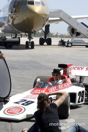'Catch me if you can' photoshoot, Bahrain International Airport: Jenson Button