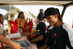 Autograph session for Christian Klien and Vitantonio Liuzzi