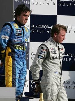 Podio: ganador de la carrera Fernando Alonso y Kimi Raikkonen