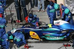 Para de pits para Felipe Massa