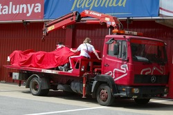Olivier Panis' Toyota back on tow truck