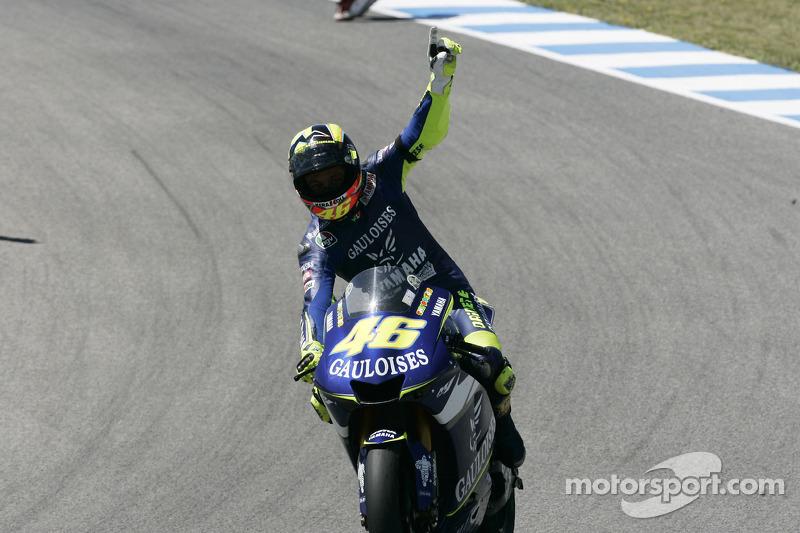 Valentino Rossi fête sa victoire