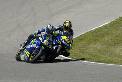 Valentino Rossi et Sete Gibernau en bagarre