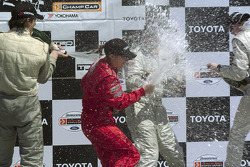 Podium: champagne for Katherine Legge, Antoine Bessette, Charles Zwolsman and Justin Sofio