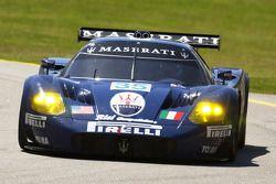 #35 Maserati Corse Maserati MC12: Andrea Bertolini, Fabrizio De Simone