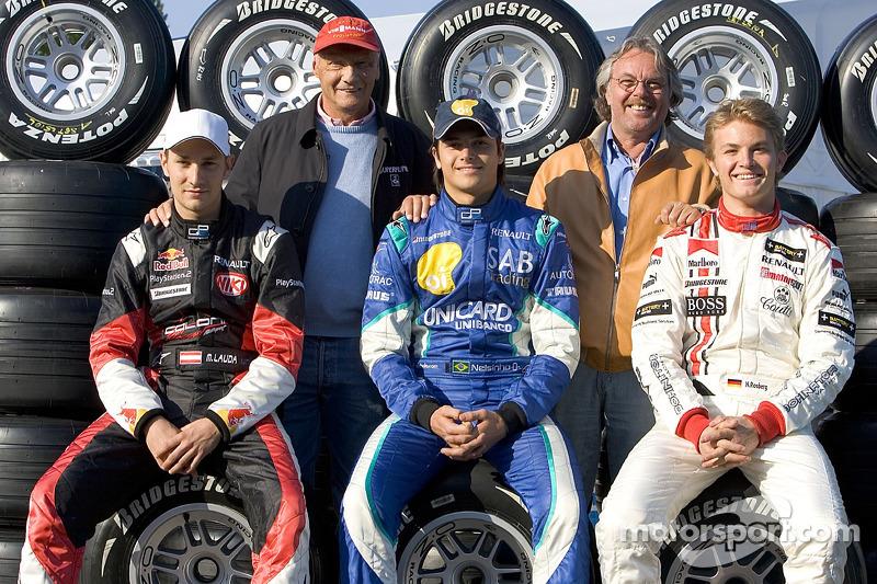 Los ex campeones del mundo Niki Lauda y Keke Rosberg con Mathias Lauda, Nelson A. Piquet y Nico Ro