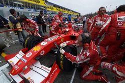Michael Schumacher sur la grille
