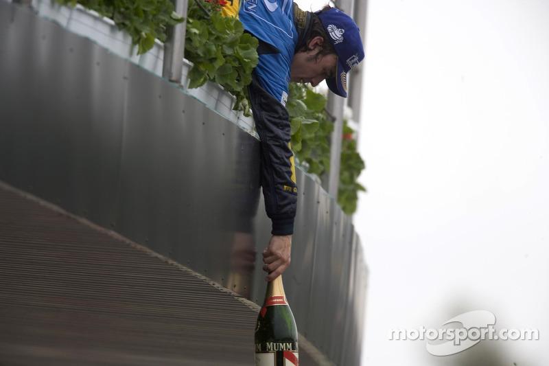 Pódio: vencedor Fernando Alonso
