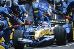 Arrêt au stand pour Fernando Alonso