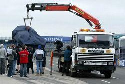 Williams-BMW, Antonio Pizzonia back, tow-truck
